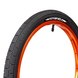 Demolition MOMENTUM Tyre Black