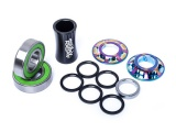 Total BMX TEAM MID Bottom Bracket Rainbow